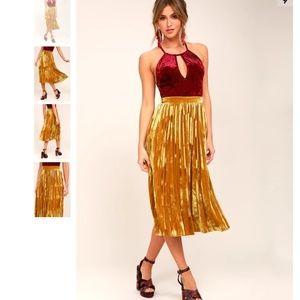 HP🖤 Lulus | Golden Yellow Pleated Midi Skirt